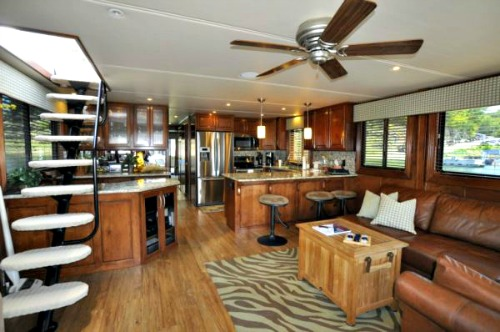 theresa york interiors houseboat america  500x372